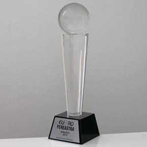 MCA Grup a primit Trofeul Euro-Fereastra 2015 la categoria Usi de garaj & Sisteme de umbrire