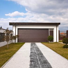 Usa pietonala alaturata, o optiune constructiva utila pentru confort si eficienta energetica