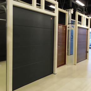 MCA Grup a lansat la Iasi cel mai mare showroom de usi de garaj din zona de Nord-Est a tarii
