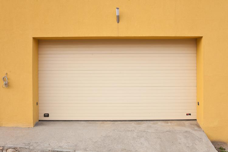 Usa de garaj  0015