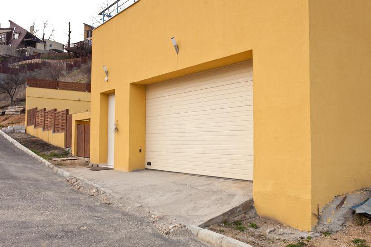 Usa de garaj  0025